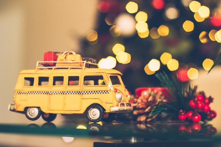 toy bus christmas